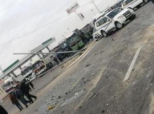 لحظة وقوع حادث عنيف على الصحراوي و أدى لاصابة 68 شخصا