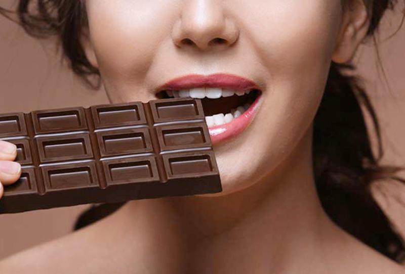 اليوم العالمي للسعادة: أطعمة تمنحك السعادة ولكنها قد تكون مضرة!
