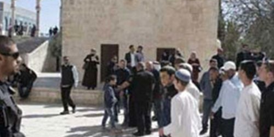 مستوطنون يقتحمون المسجد الأقصى صباح اليوم