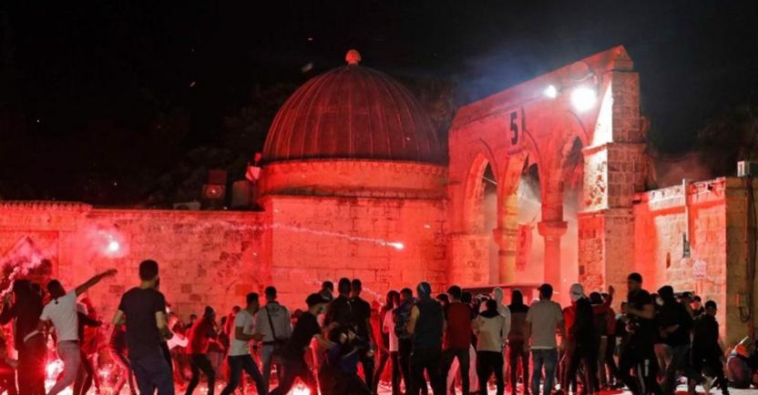 """شهيدان و208 جرحى وإصابة 18 صهيوني بمواجهات """"القدس"""""""