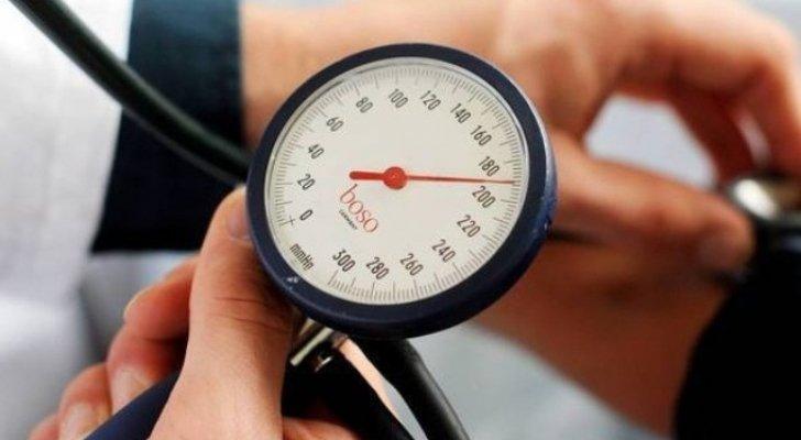 أعشاب طبيعية تساعد على خفض ضغط الدم المرتفع