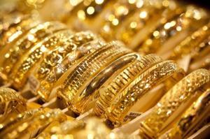 الذهب مستقر فوق 1300 دولار للأونصة
