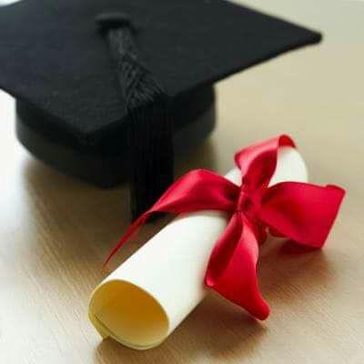مبارگ التخرج لـ بلقيس وليد النسور من جامعة البقاء التطبيقية