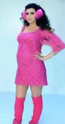 شاهد بالصور .. رغم دخولها الشهر السابع من الحمل جيني إسبر ما زالت رشيقة
