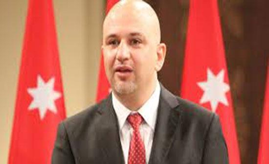 الوزير الغرايبة : الاستغناء عن النقد في المعاملات الحكومية ابتداءًا من 2020