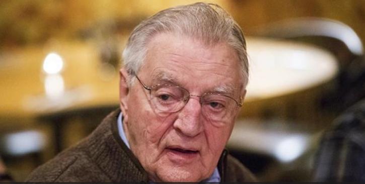 وفاة نائب الرئيس الأمريكي الأسبق والتر مونديل