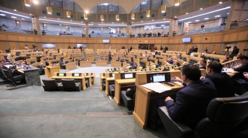 138 قانوناً أقرها مجلس النواب الثامن عشر في 170 يوم عمل تشريعيا