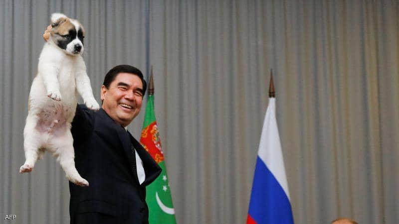 عطلة وطنية في تركمانستان تكريما لسلالة كلاب ألاباي