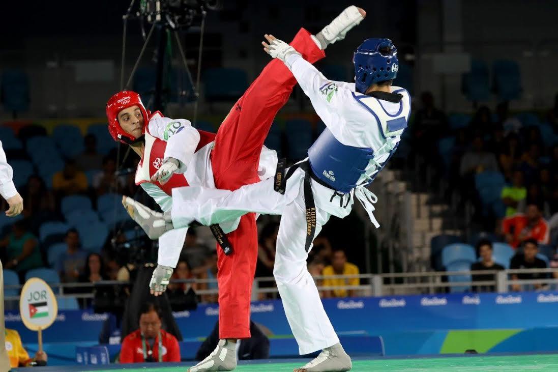 أمنية تشارك بدعم البطل الأولمبي أحمد أبو غوش في منافسات  بطولة العالم للتايكواندو في كوريا