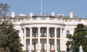 وسائل إعلام: إغلاق البيت الأبيض لدواع أمنية