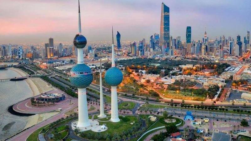الكويت تعفي المسافرين القادمين الحاصلين على اللقاح من الحجر الصحي