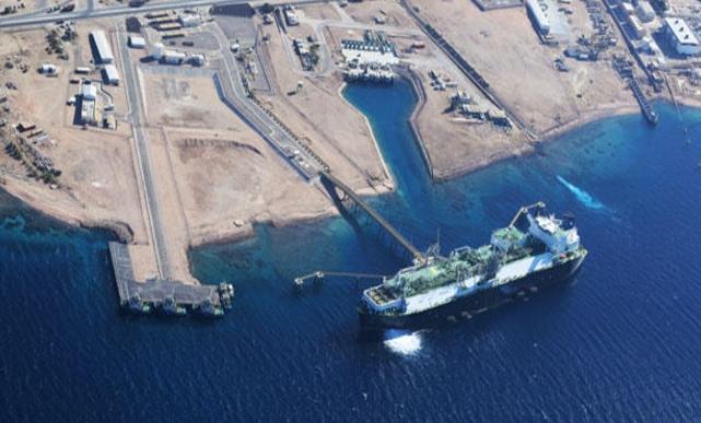 طرح عطاء لاستيراد 125 مليار متر مكعب من الغاز الطبيعي المسال
