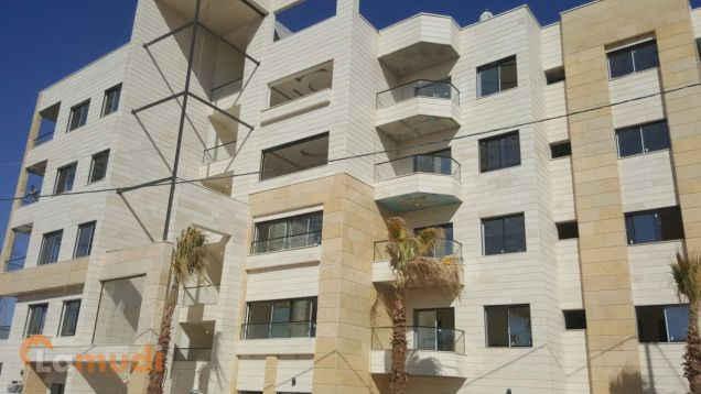 شقة 4 نوم 220م في أجمل احياء ضاحية النخيل تصميم مودرن للبيع من لامودي بدون عمولات