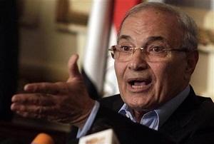 النائب العام المصري يطلب من الانتربول ضبط وتسليم شفيق