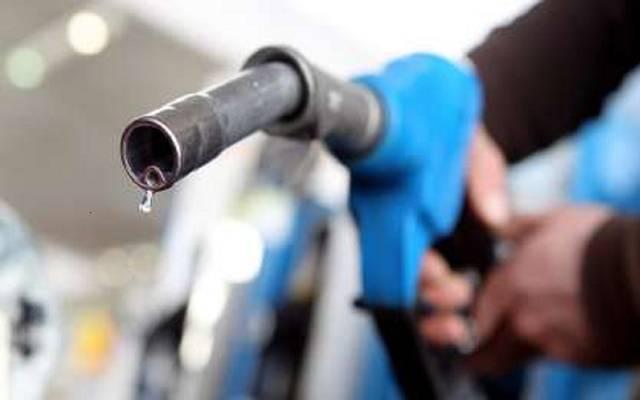 هل ستلجأ الحكومة لأكبر تخفيض على سعر البنزين والسولار منذ عام؟