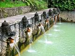 بالصور :تعرف على افضل الينابيع الساخنة في اندونيسيا