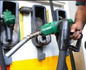 تفاصيل جديدة  ..  بنزين 90 سيرتفع (4) قروش للتر بعد زيادة ضريبة المبيعات