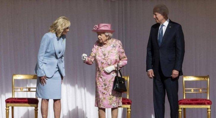 بايدن عن الملكة إليزابيث: ذكرتني بأمي