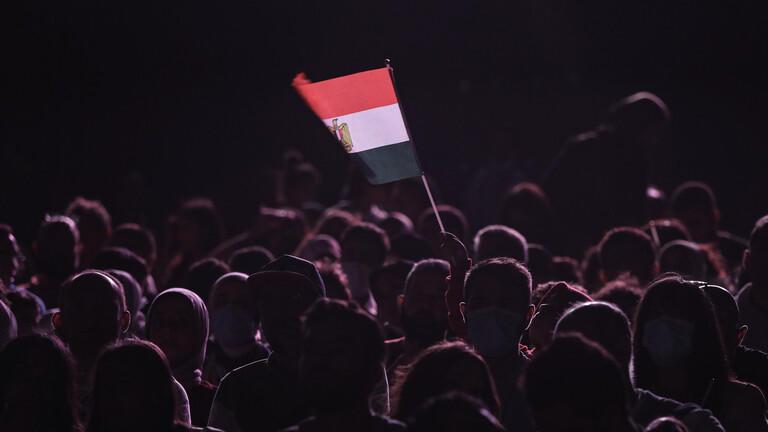 مصري يحاول الانتحار بطريقة مأسوية في الكويت