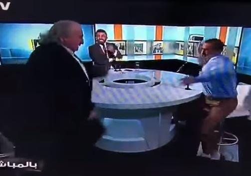 بالفيديو  ..  اشتباك بالأيدي في برنامج حواري مع نائب سوري اعتاد ان يهاجم الاردن