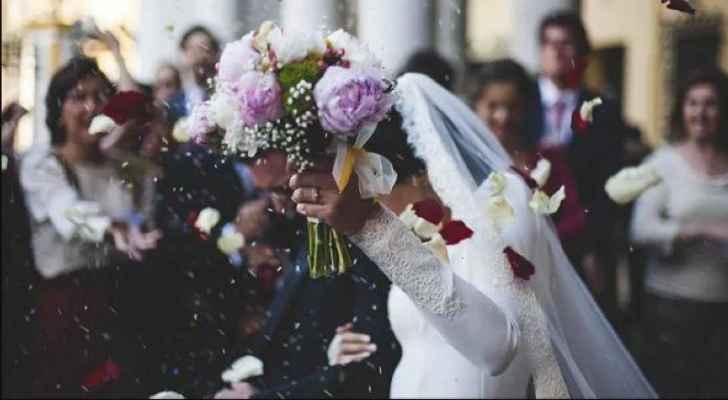 اصابة عروسين بفيروس كورونا في إربد وأعداد المخالطين لم تحصر بعد