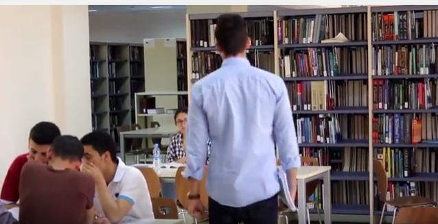 كاميرا خفية في مكتبة جامعة العلوم و التكنولوجيا في الاردن