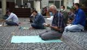 الخلايلة يعمم على جميع المساجد بشأن الصلاة