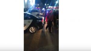 بالفيديو والصور  ..  اصابة ضابط وضابط صف اثر تبادل اطلاق نار للقبض على مطلوبين باربد