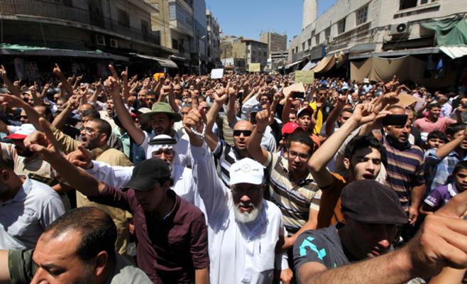 """الطفيلة في مسيرة """"جمعة غزة الانتصار"""""""