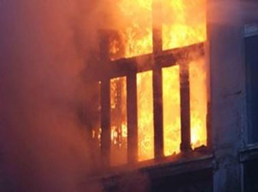 حريق في استهلاكية الطفيلة  العسكرية