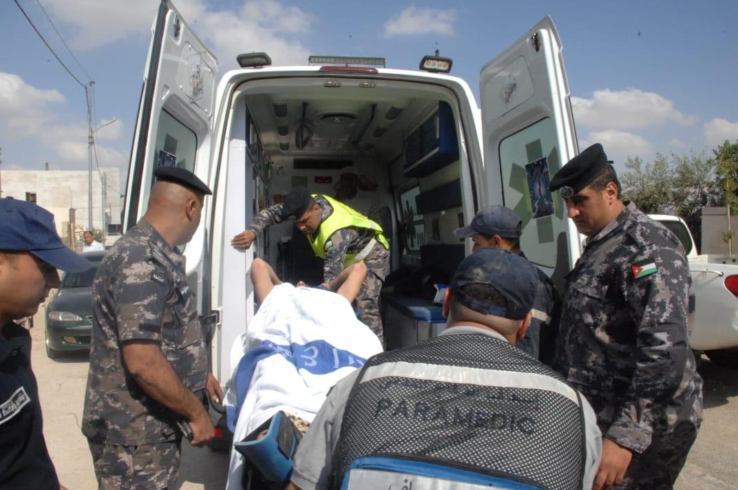 إصابة شخصين بتدهور صهريج ماء في مأدبا