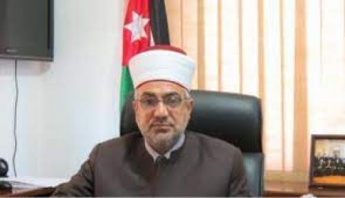 الخلايلة:  فتح المساجد عند صلاة المغرب يقتصر على الصلاة فقط