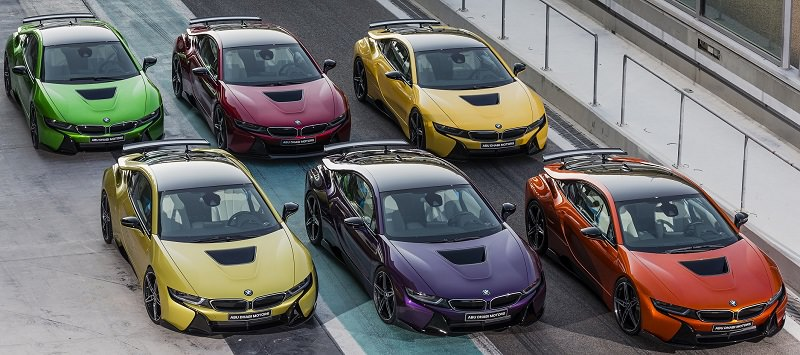 بالصور  ..  أبوظبي موتورز تعرض مجموعة محدودة من ألوان BMW i8