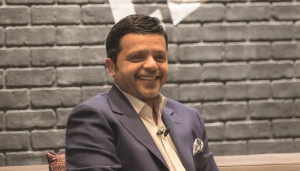 الفنان المصري محمد هنيدي يعود للسينما بعد غياب 6 أعوام