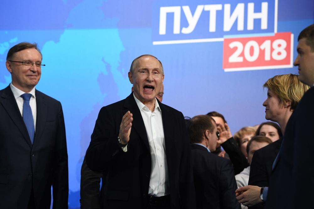 بوتين رئيسا للمرة الرابعة والمعارضة تتهمه بالتزوير