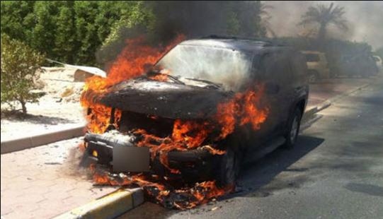 دبي: حريق مركبة مقابل «مترو القيادة»