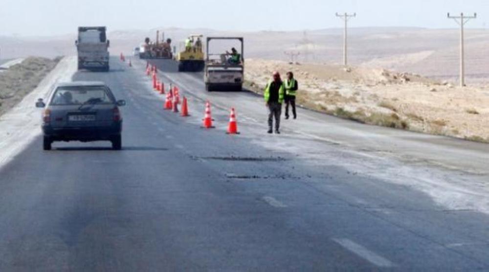 إنهاء مشروع تأهيل الطريق الصحراوي آب المقبل