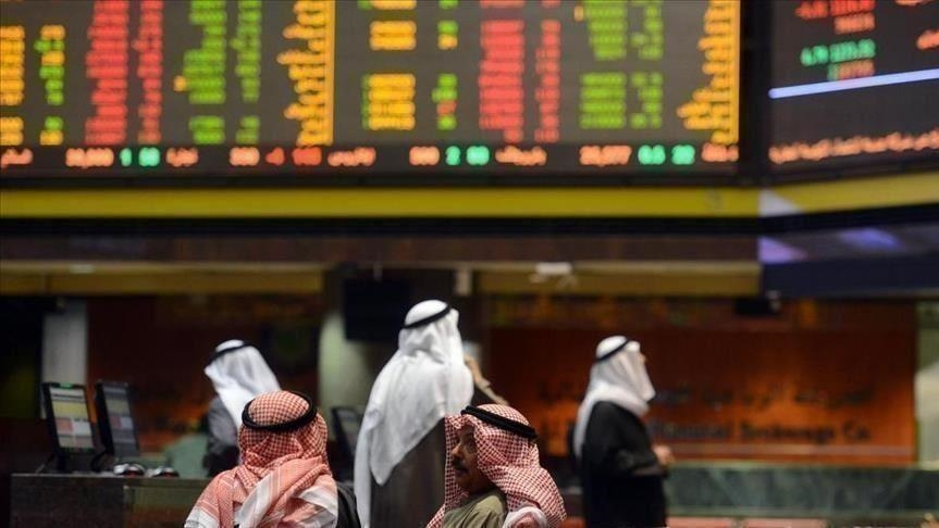 تباين إغلاقات أسواق الخليج وسط تقلب أسعار الخام