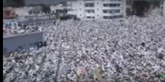 بالفيديو استقبال مهيب للشيخ السديس image.php?token=6fe6b73e27174145fe87e0ad0bc53c51&size=