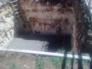 اربد: القبض على مواطن اثناء حفر بئر مخالف في منطقة المشارع