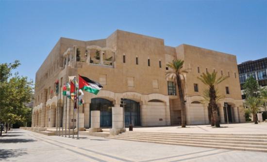 """اعضاء مجلس الامانة يبدؤون تحركاً نحو النواب ويجتمعون مع الطراونة لابلاغه """"رفض قانون امانة عمان"""""""