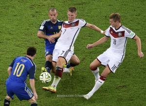ألمانيا تتحدى الأرجنتين مجدداً وقمة هولندية ايطالية