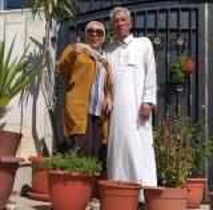 """والد النائب السابقة ردينة العطي من داخل سجنه: """"اياكي تنسحبي من الانتخابات"""""""