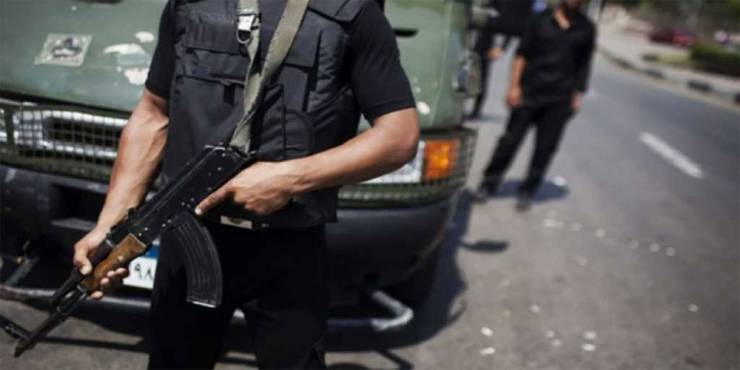 مصر: مريض نفسي يقتل شخصين ويصيب 4 آخرين