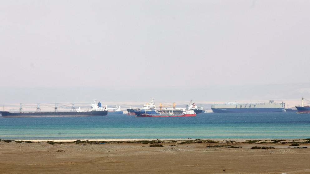 هيئة قناة السويس: الأحوال الجوية ليست السبب الرئيسي لجنوح السفينة