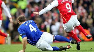 بالفيديو ..  اسوء 10 اصابات دمرت اصحابها فى تاريخ كرة القدم