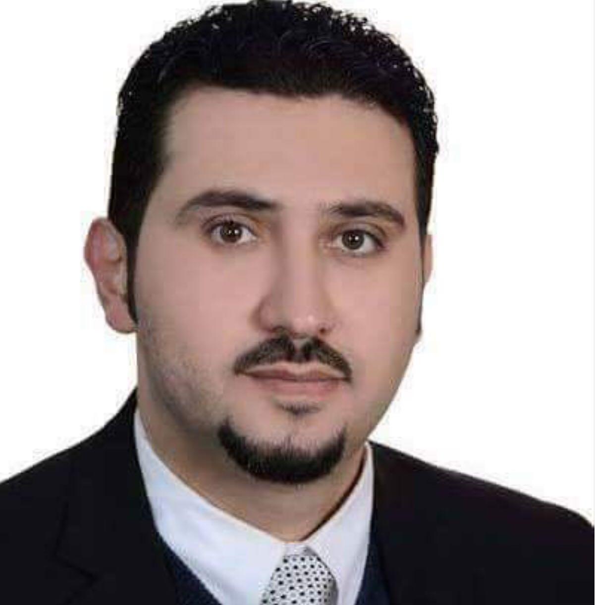 تهاني قلبية حارة لـ الدكتور محمد يوسف ابوحشيش  ..  الرجل المناسب في المكان المناسب