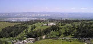 وزير اسرائيلي يكشف عن خطة لمضاعفة المستوطنين في غور الاردن!