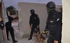 """عمان :اصابة رجل امن بعيار ناري خلال عملية القبض على مطلوب  """"خطير بجبل النصر"""
