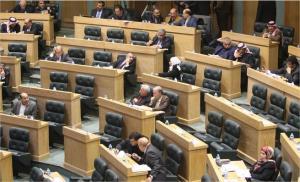 نواب يطالبون الحكومة بخفض أسعار الكهرباء